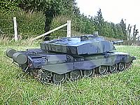 Challenger 2 1/6th RC Tank